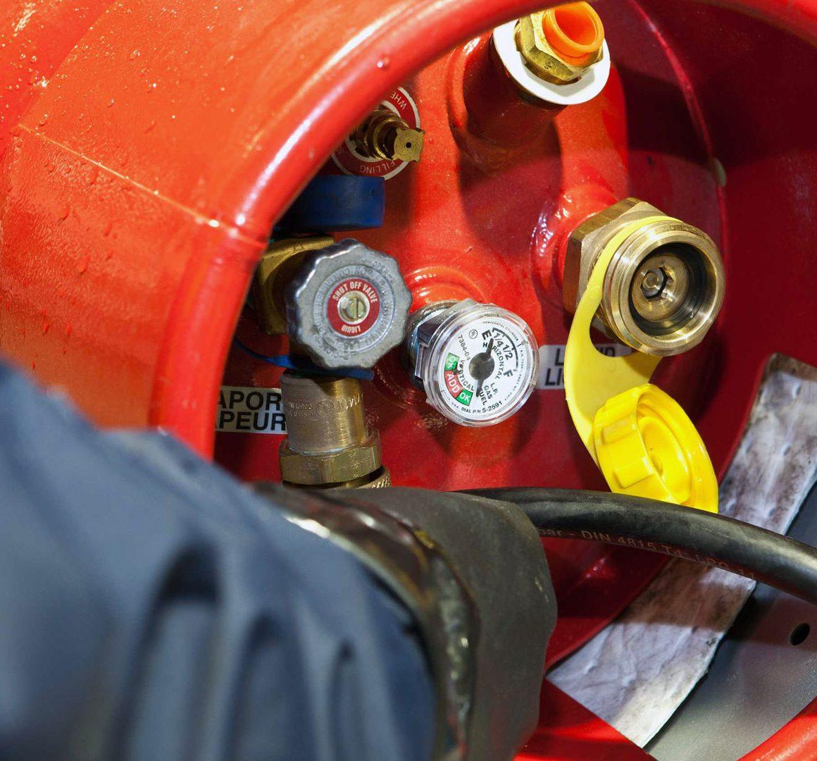 8 consejos para instalar un tanque de gas LP para montacargas