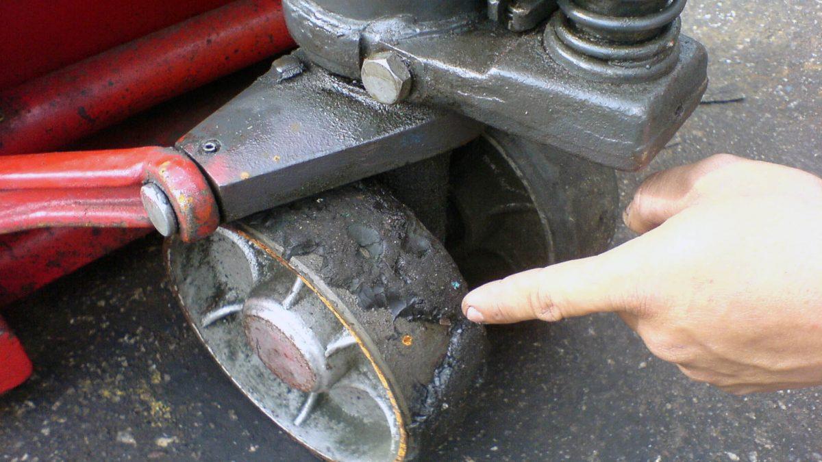Como puedes evitar el desgaste de las ruedas de tu patín hidráulico